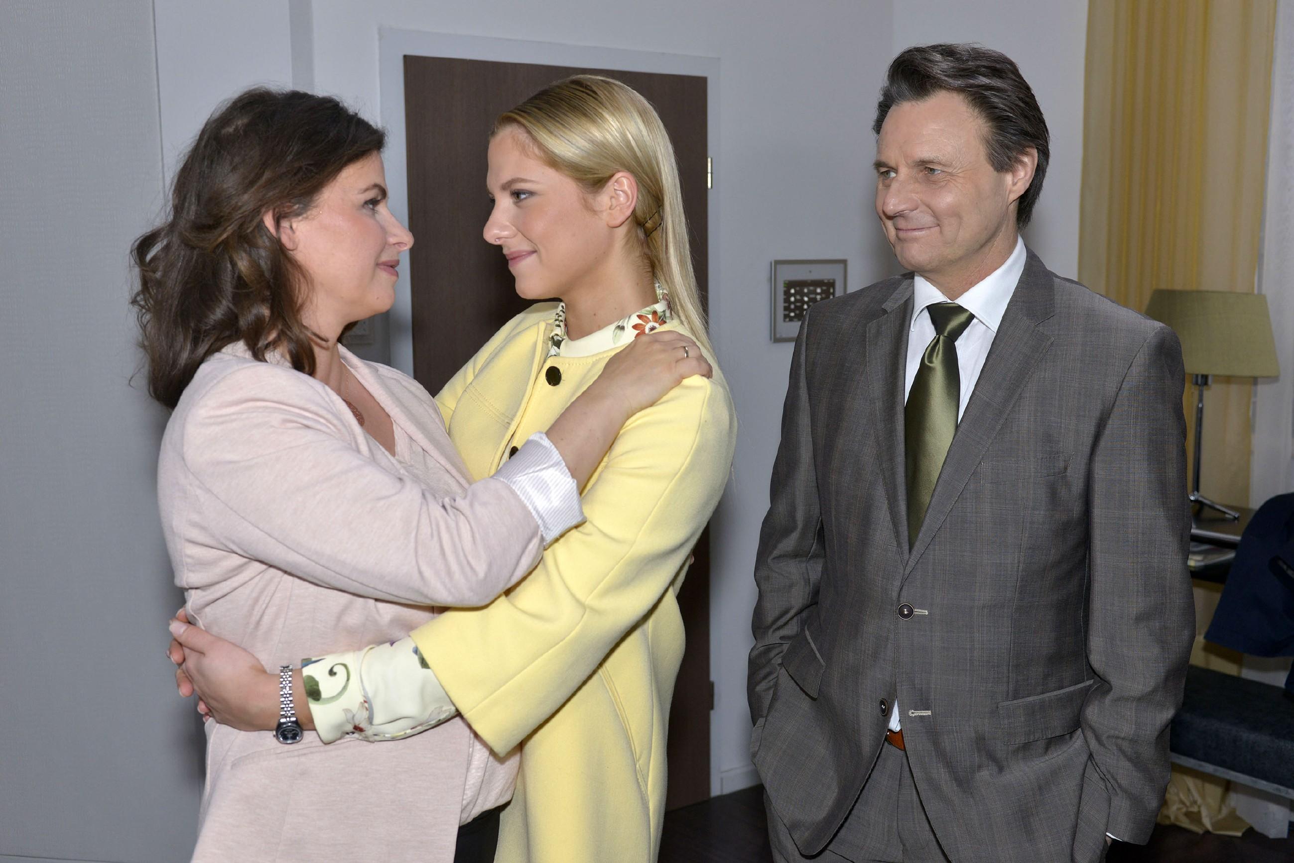 GZSZ - Valentina Pahde, Anne Brendler und Wolfgang Bahro