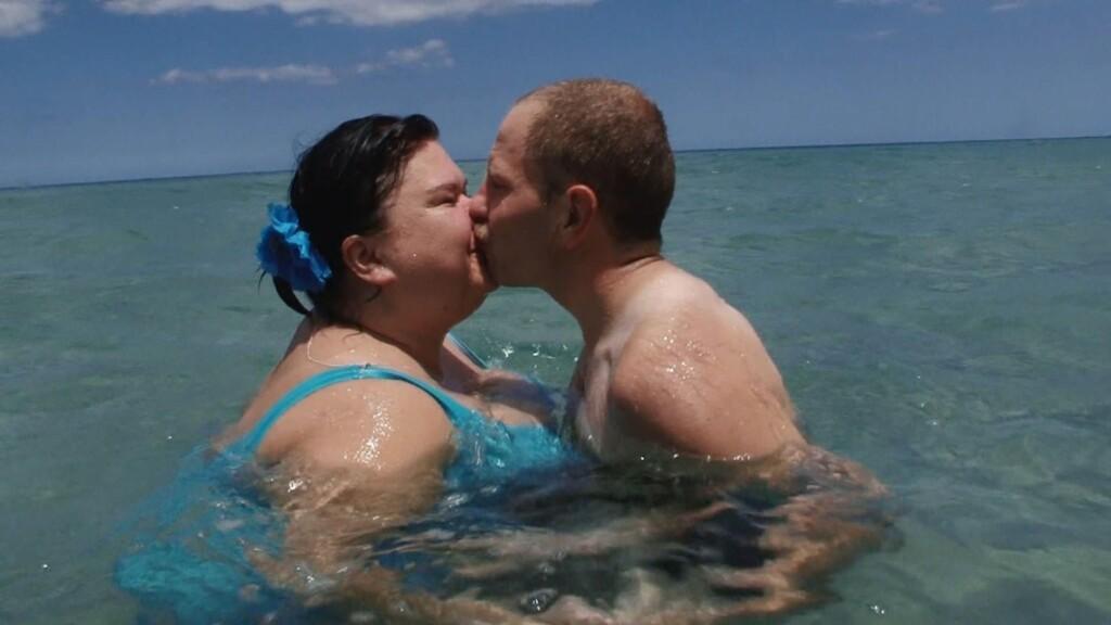 Steffen und Nicole geniessen ihren ersten Liebesurlaub auf Mauritius.