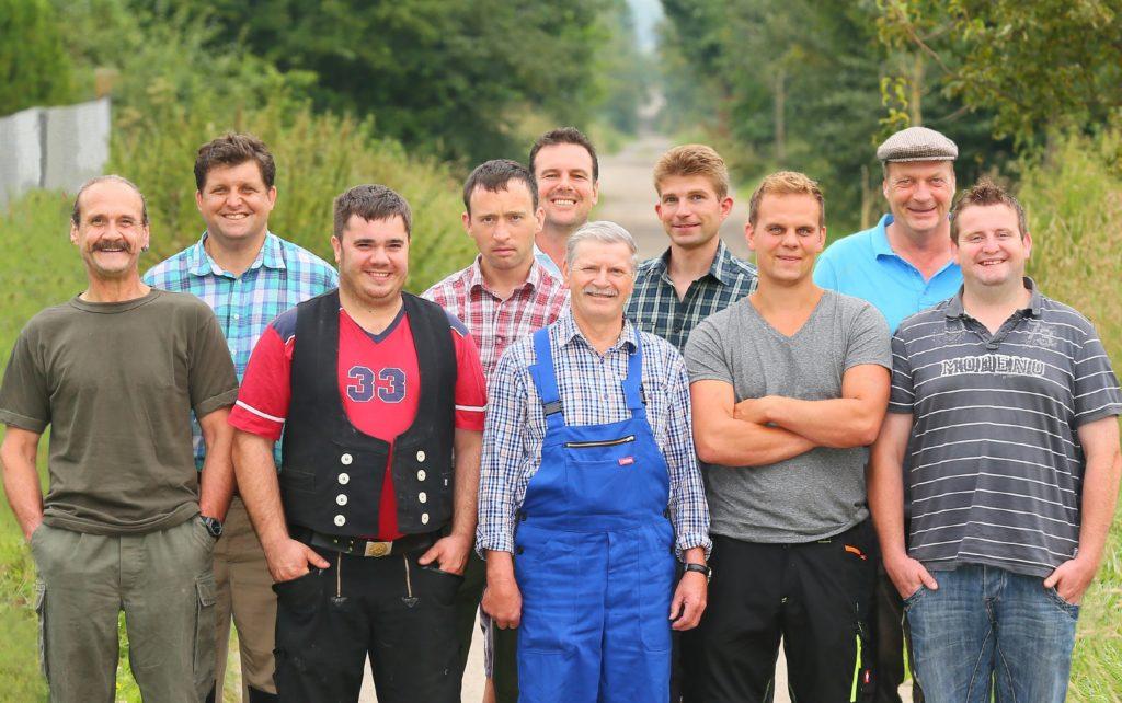 Diese zehn neuen Landwirte: (v.l.) Gottfried, Ralf, Markus, Rainer, Günther, Karlheinz, Rolf, Gunther, Peter und Sebastian.