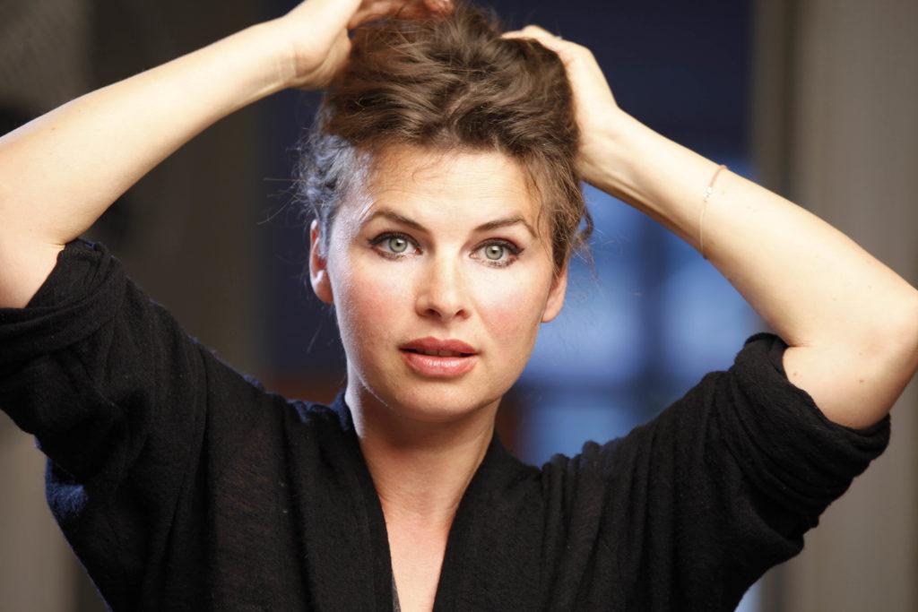Anne Brendler spielt Vanessa Richter