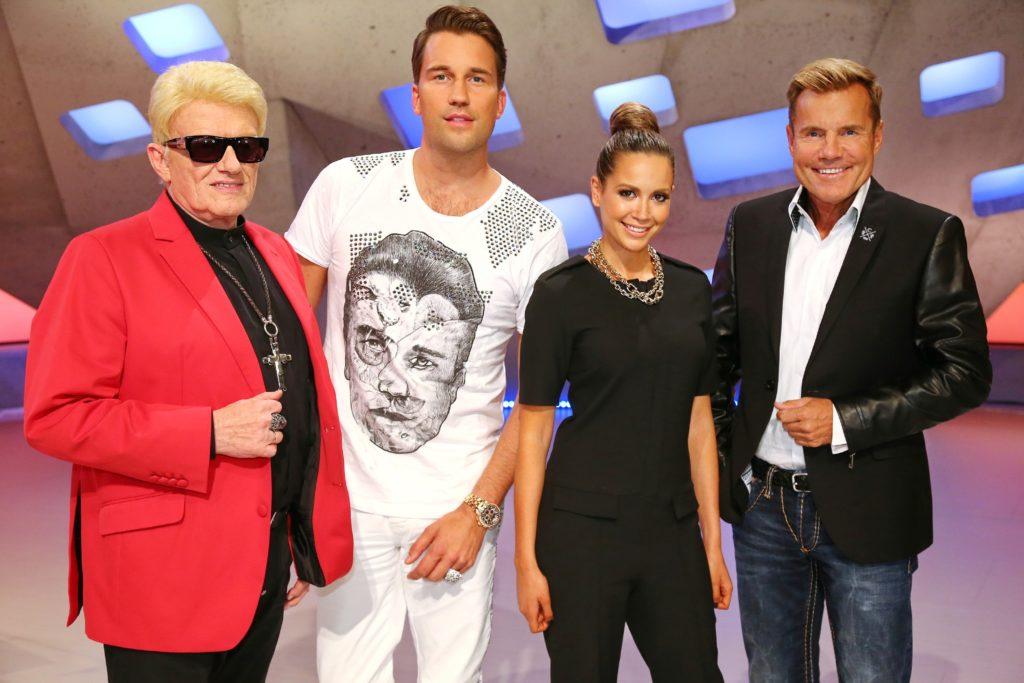 Kultstar Heino, der international erfolgreiche DJ Antoine, Sängerin Mandy Capristo und Erfolgsproduzent Dieter Bohlen (v.l.) sitzen in der neuen vierköpfigen Jury