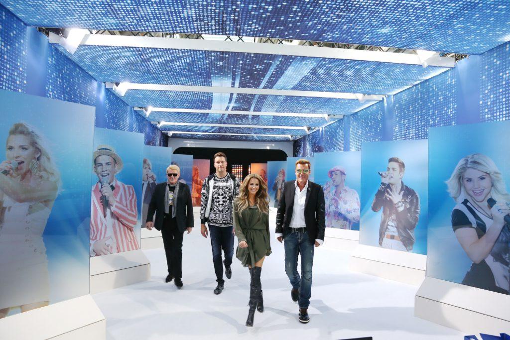 Wer begeistert das Publikum und wird Deutschlands neuer Superstar? Die Jury (v.l.) Heino, DJ Antoine, Mandy Capristo und Dieter Bohlen.