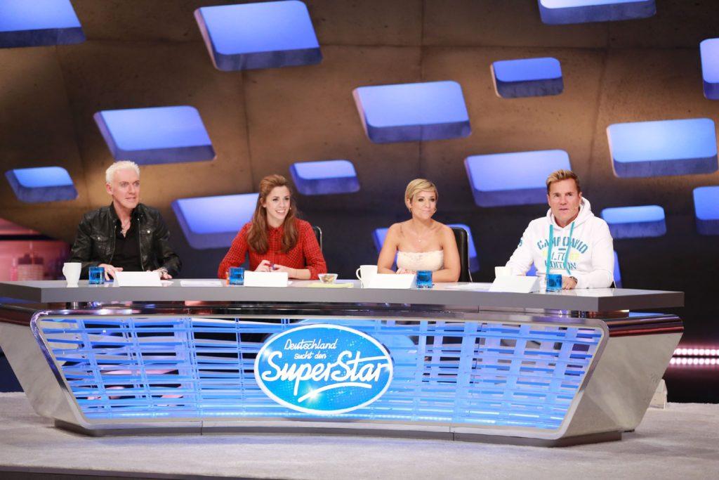 Die Jurymitglieder (v.l.) H.P. Baxxter, Vanessa Mai, Michelle und Dieter Bohlen