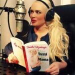 Daniela Katzenberger im Tonstudio