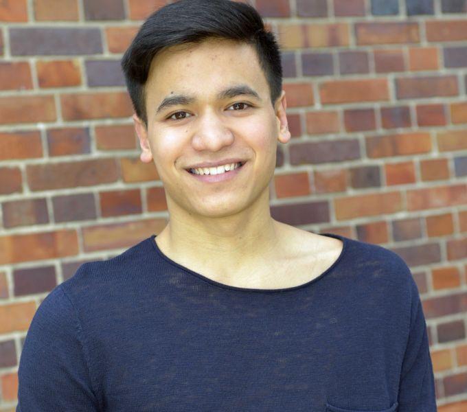 """Luis Kramer ist 17 Jahre alt, lebt in Berlin-Mitte und wird demnächst bei """"GZSZ"""" ein Mitschüler und der beste Kumpel von Jonas Seefeld."""