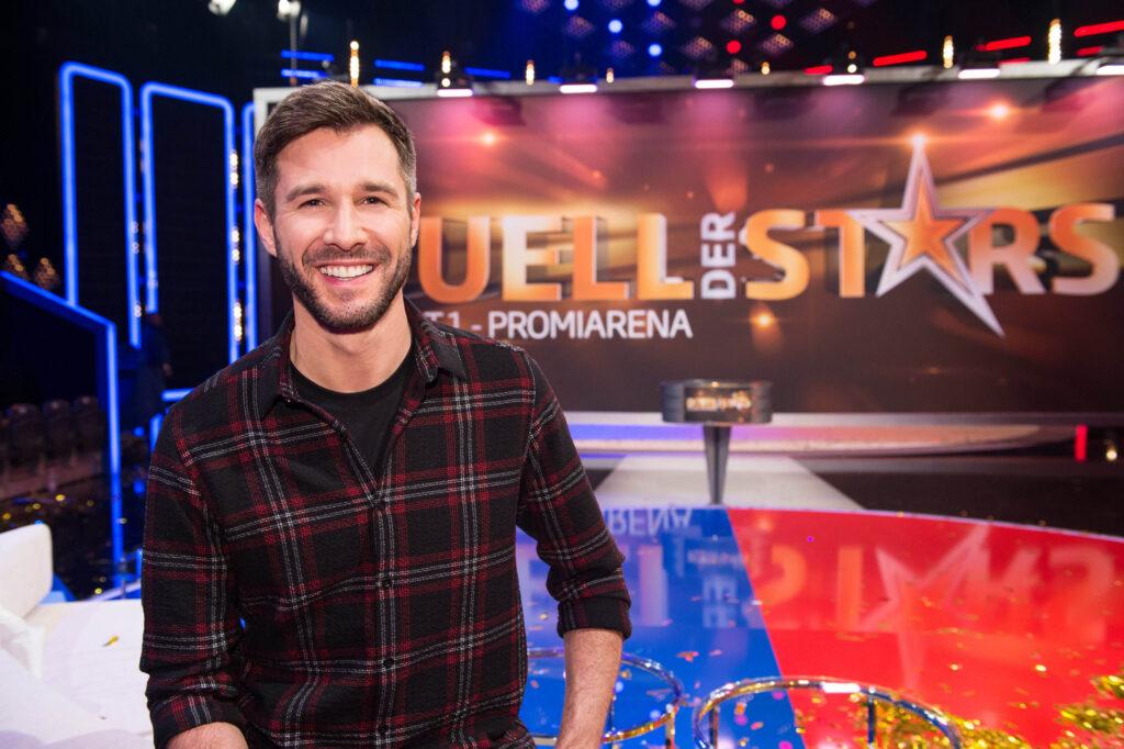 """""""Duell der Stars - Die SAT.1 Promi-Arena"""" wird von Jochen Schropp moderiert."""