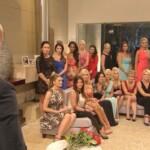 Der Bachelor schickt sechs Frauen nach Hause