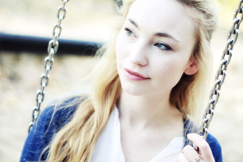 Anna Juliana Jaenner spielt Olivia Christen