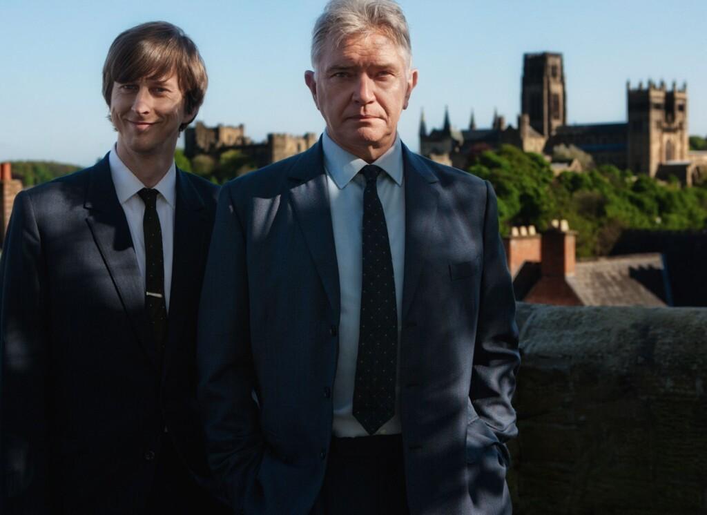 Gently (Martin Shaw, r.) und Bacchus (Lee Ingleby, l.) ermitteln in Durham, im Norden Englands.