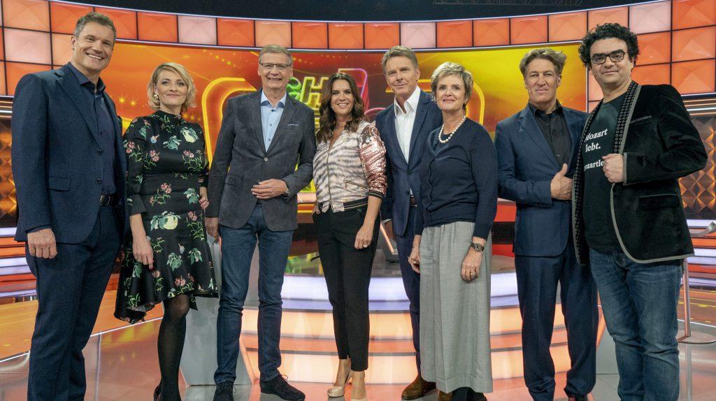 Von links nach rechts: Armin Assinger, Susanne Kunz, Günther Jauch, Katarina Witt, Jörg Pilawa, Fürstin von Thurn und Taxis, Tobias Moretti, Rolando Villazon.