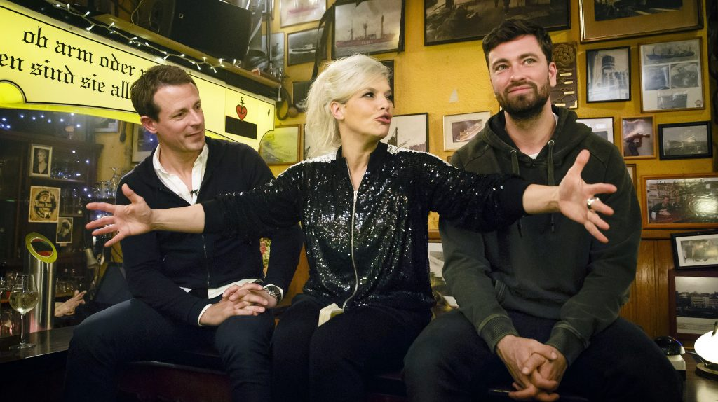 v.l.n.r.: Alexander Bommes, Ina Müller und Marteria