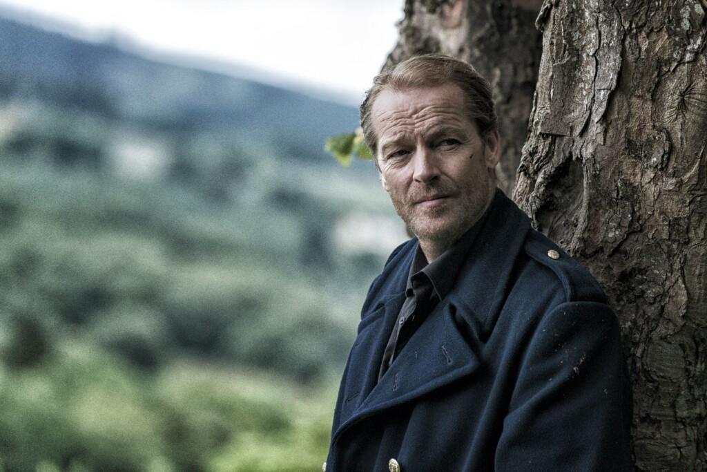 Jack hat Galway verlassen, um über den Schock hinwegzukommen, dass auf seinen jungen Assistenten Cody geschossen wurde.