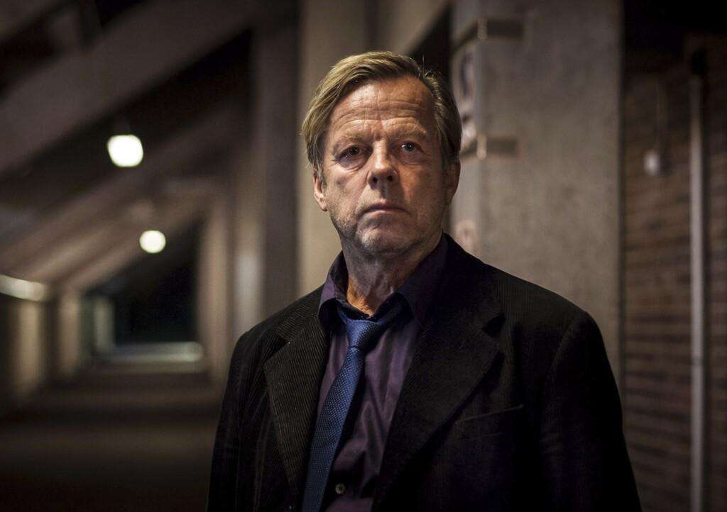 Kommissar Wallander (Krister Henriksson) ist einem skrupellosen Menschenhändler auf der Spur.