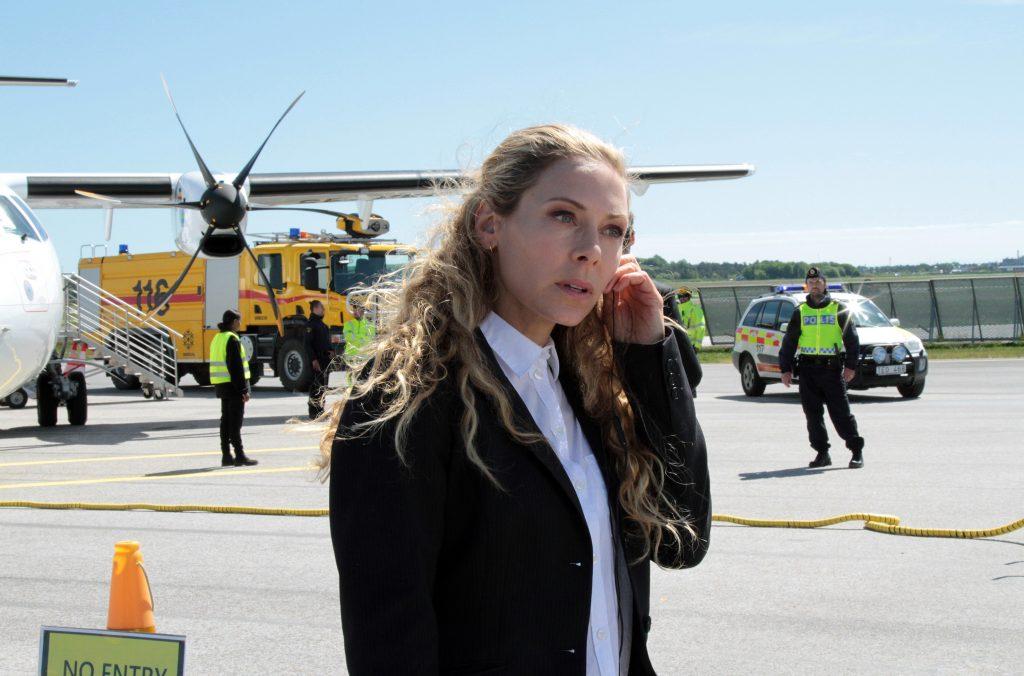 Eine Notlandung mit einem sterbenden Taucher an Bord bringt Maria Wern (Eva Röse) auf die Spur mehrerer Mordfälle.