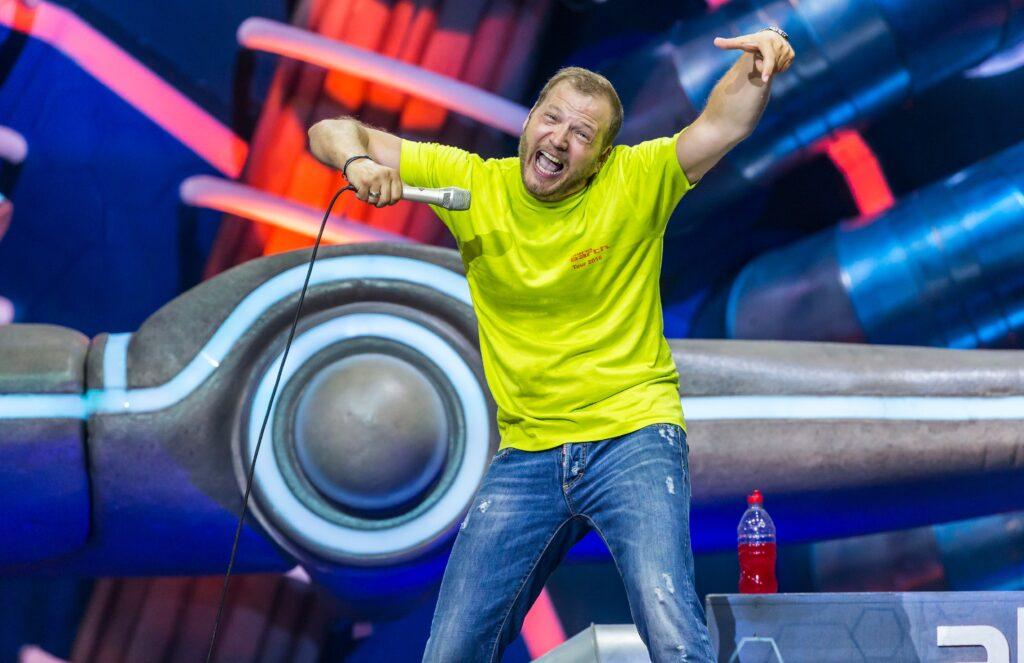 """Heute um 20.15 Uhr zeigt RTL Mario Barths aktuelles Live-Programm """"Mario Barth Live! Männer sind bekloppt, aber sexy"""" aus der Barclaycard Arena in Hamburg."""