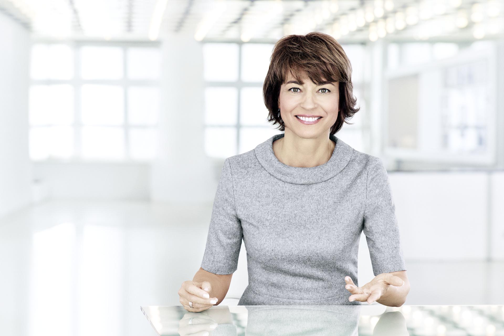 Maybrit Illner moderiert donnerstags ihre gleichnamige Talkshow im ZDF.