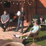 Big Brother 2020 - Beim Sonnenbad spricht Menowin über seine Frau