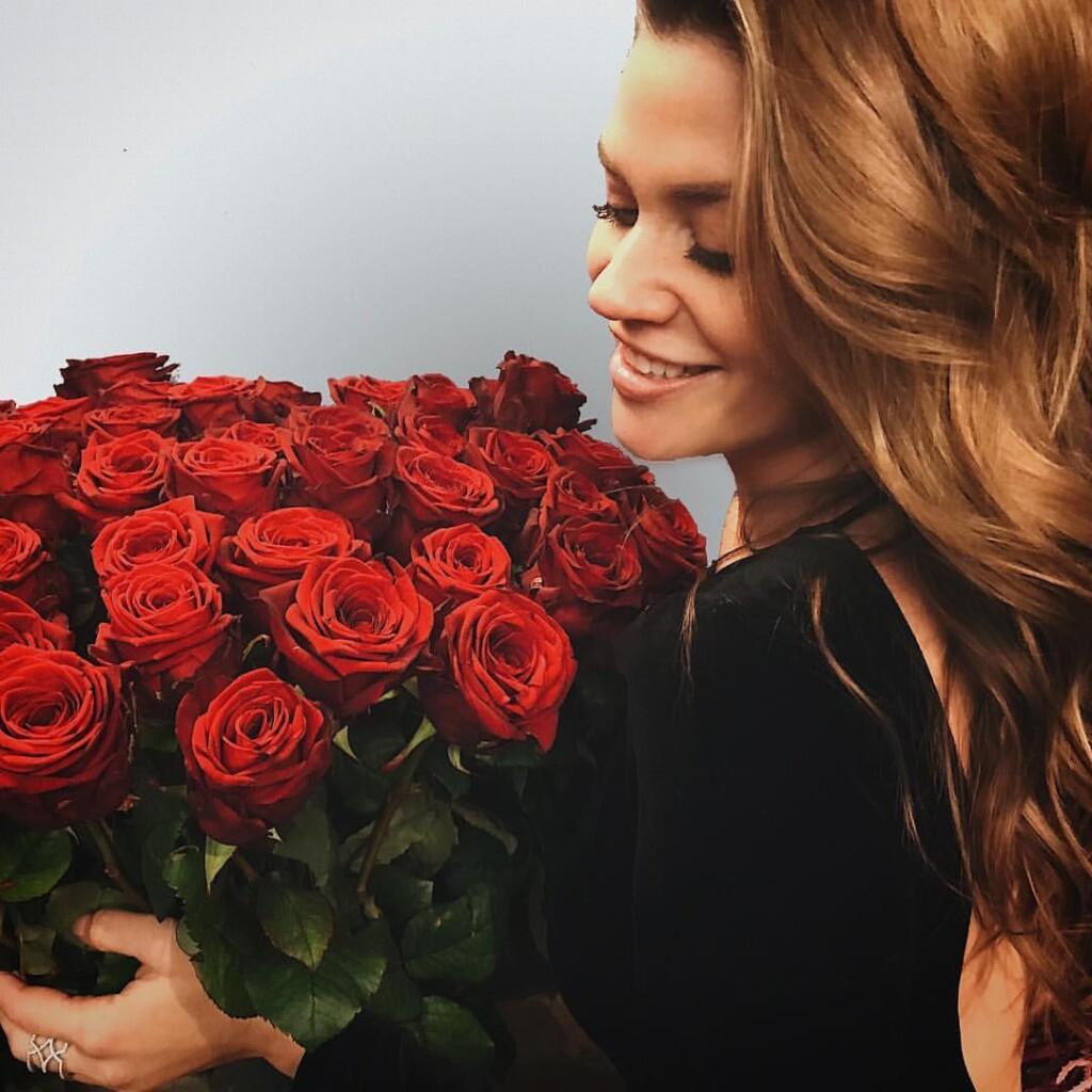 Nadine Bachelorette Instagram