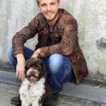 Niklas Osterloh mit Hund Herrmann