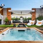 Promi Big Brother 2016 Haus - Der Außenbereich mit Whirlpool