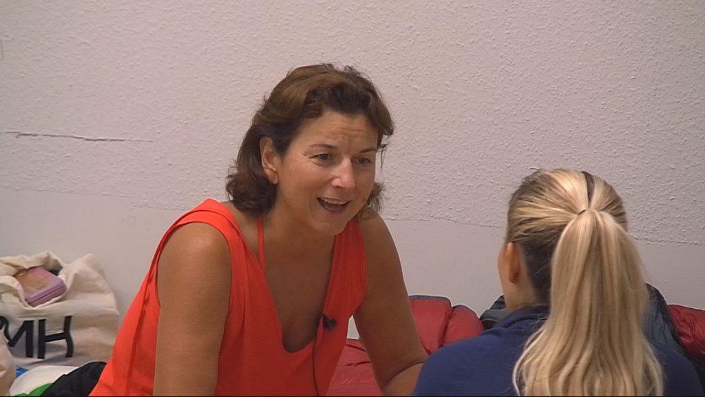 Promi Big Brother Tag 3 - Claudia erzählt von ihrer wilden Vergangenheit