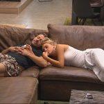 Promi Big Brother Tag 8 - Willi und Evelyn auf dem Sofa