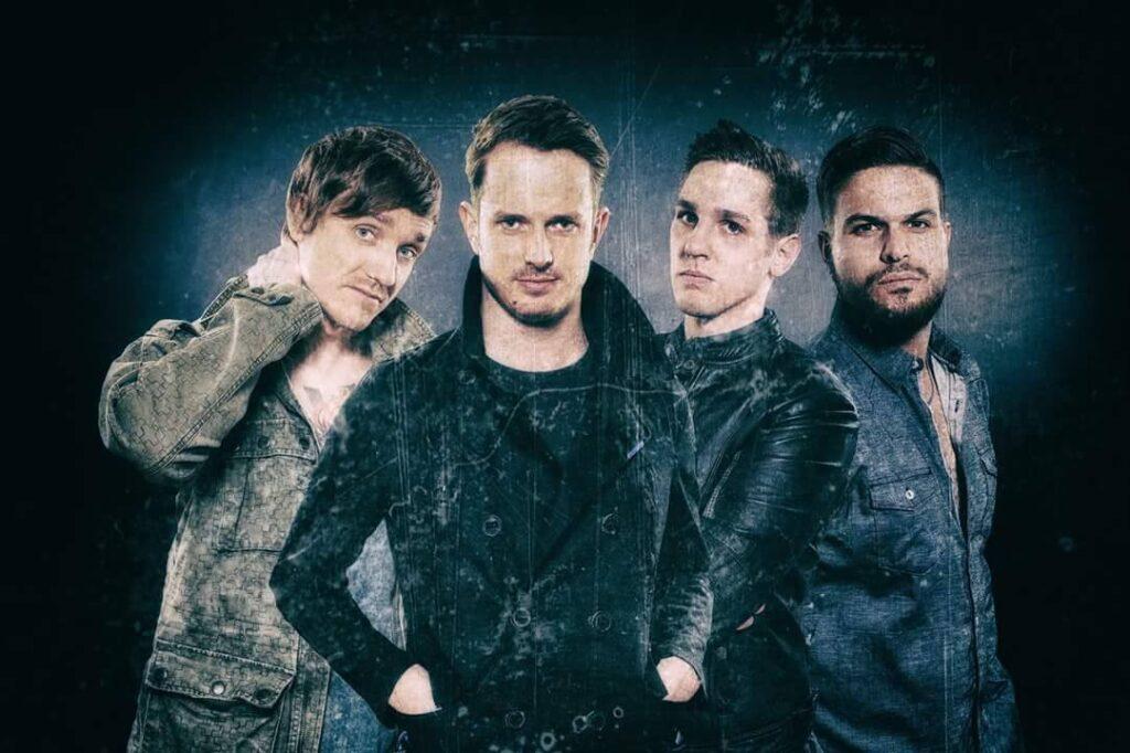 Juno 17 besteht aus Philipp Hofmann (Gesang), Philipp Stauzebach (Gitarre / Backing Vocals), Josua Mette (Bass / Backing Vocals) und Daniel Schild (Schlagzeug).