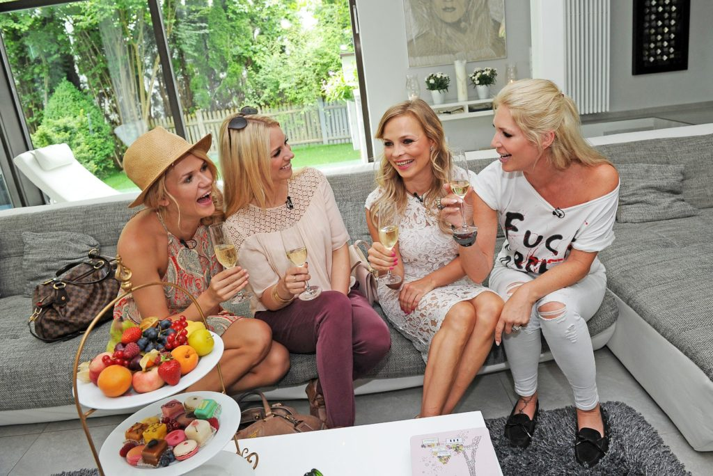 V.l.: Sara Kulka, Sandra Schneiders, Regina Halmich, Sarah Kern