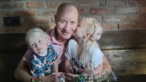 Promi Big Brother 2021 Show 18 - Melanies Ehemann Mike mit den beiden gemeinsamen Kindern