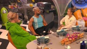 Promi Big Brother 2021 Show 2 - Heike Maurer, Rafi Rachek und Ina Aogo lästern