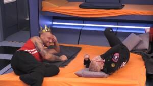 Promi Big Brother 2021 Show 2 - Eric und Melanie im Gespräch über Männer