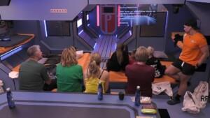 Promi Big Brother 2021 Show 2 - Die Bewohner:innen in der Raumstation
