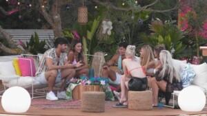 Love Island 2021 Tag 3 - Die Mädels lernen Dennis und Kaan kennen