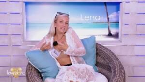 Love Island 2021 Tag 5 - Lena mag Dennis