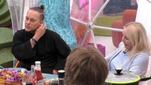 Promi Big Brother 2021 Show 5 - Danny Liedtke erzählt Heike Maurer aus seinem Leben