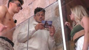 Love Island 2021 Tag 8 - Adriano liest die Postkarte von Jana Ina Zarrella vor