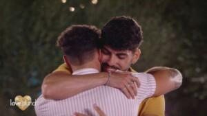 Love Island 2021 Tag 9 - Dennis sagt seinem Buddy Kaan auf Wiedersehen
