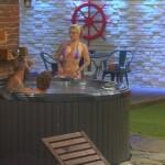 Big Brother Tag 1 - Sharon, Hans-Christian und Kevin im Pool