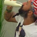 Big Brother Tag 20 – Hans-Christian löscht mit Milch