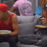 Big Brother Tag 22 - Christian und Lusy essen noch schnell eine Pizza