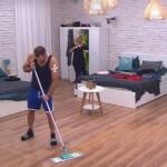 Big Brother Tag 33 - Thomas putzt
