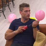 Big Brother Tag 45 - Kevin bläst Ballons auf