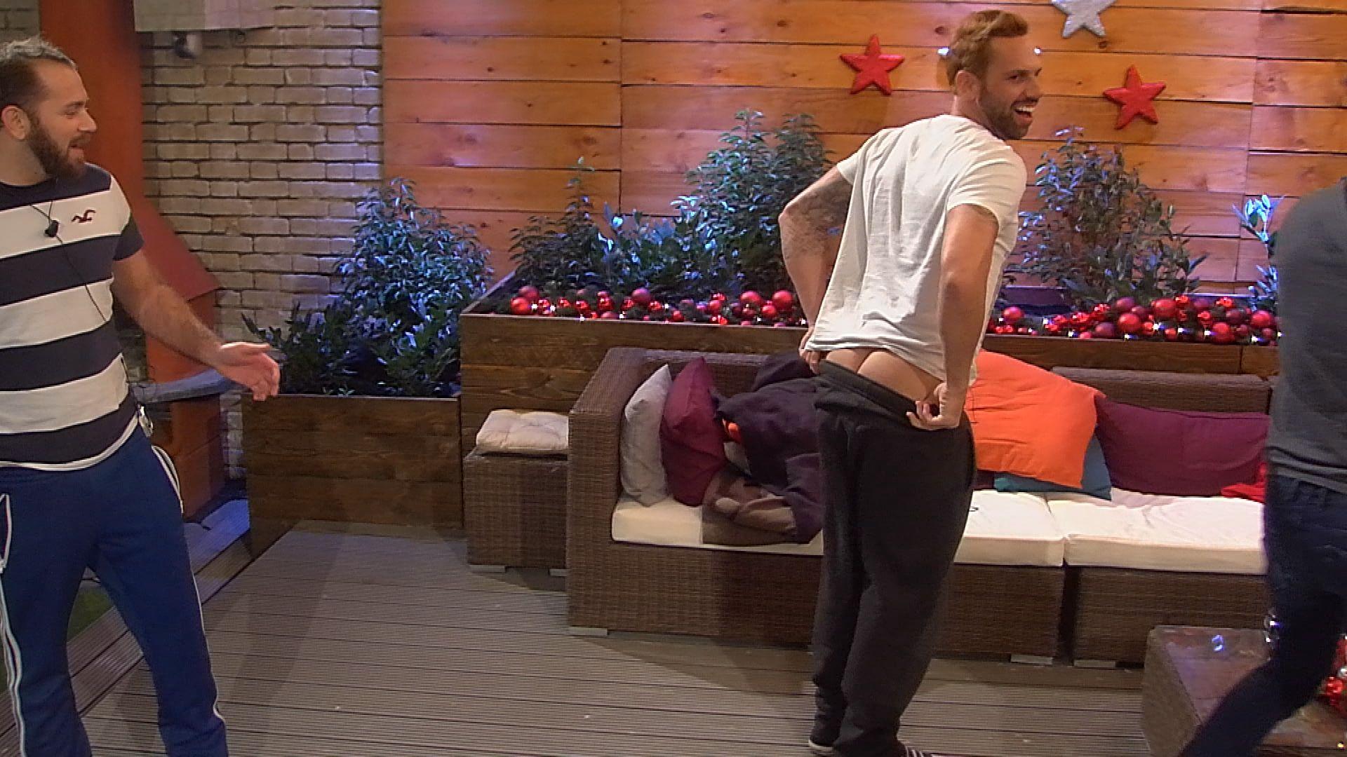 Big Brother Tag 72 - Guido zeigt seinen Hintern