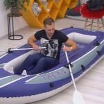 Big Brother Tag 86 - Christian muss im Schlauchboot schlafen