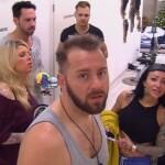 Big Brother Tag 87 - Die Bewohner stehen vor dem gesperrten Badezimmer