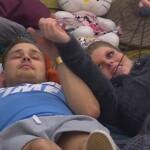 Big Brother Tag 87 - Christian und Sharon flirten