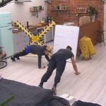 Big Brother Tag 89 – Christian unterstützt Sharon bei ihrer Liegestützen-Challenge
