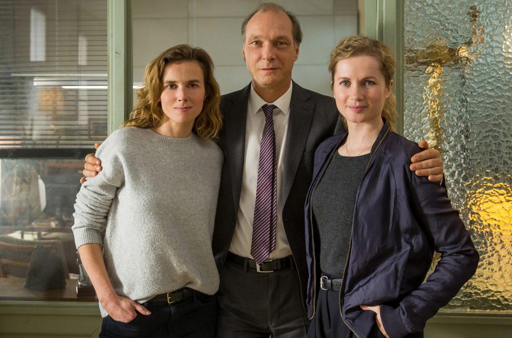 """Das Dresdner Tatort-Team v.l.: Karin Gorniak (Karin Hanczewski), Peter Michael Schnabel (Martin Brambach) und Leonie """"Leo"""" Winkler (Cornelia Gröschel)"""