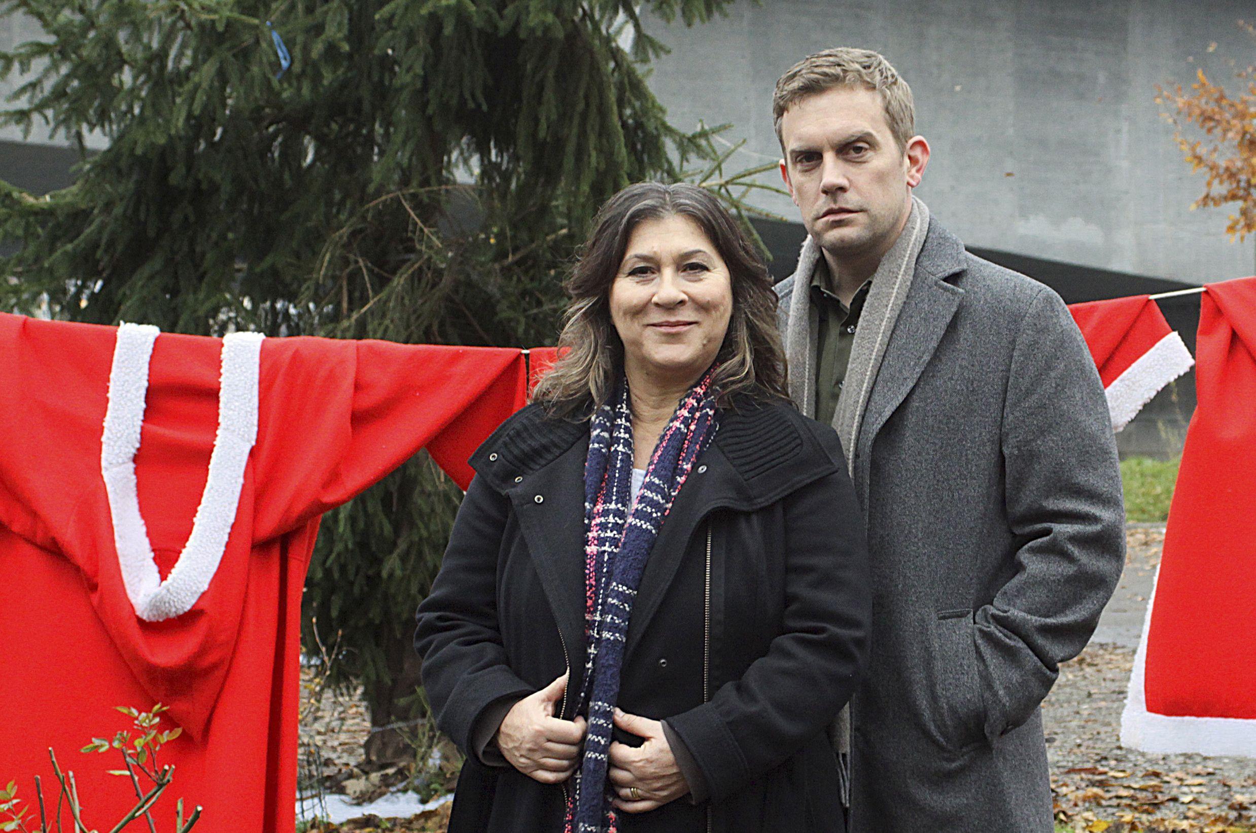 Eva Mattes als Klara Blum und Sebastian Bezzel als Kai Perlmann ermitteln in der Vorweihachtszeit.