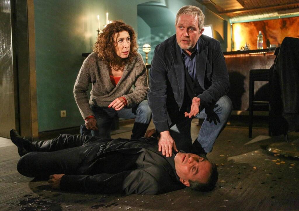 Moritz Eisner (Harald Krassnitzer) und seine Kollegin Bibi Fellner (Adele Neuhauser) finden eine weitere Leiche.